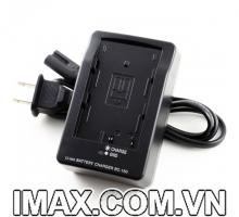 Sạc máy ảnh Fujifilm BC-150 (cho pin Fujifilm NP-150 ) - Hàng nhập khẩu