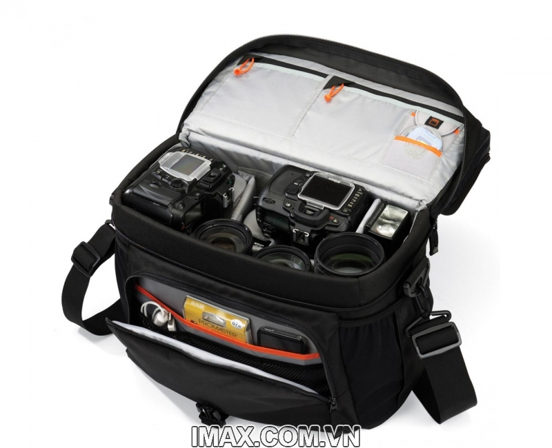 Túi máy ảnh Lowepro Nova 200 3
