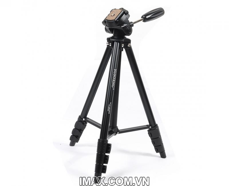 Chân máy ảnh / Tripod Yunteng 681, cao tối đa 1.38m 2