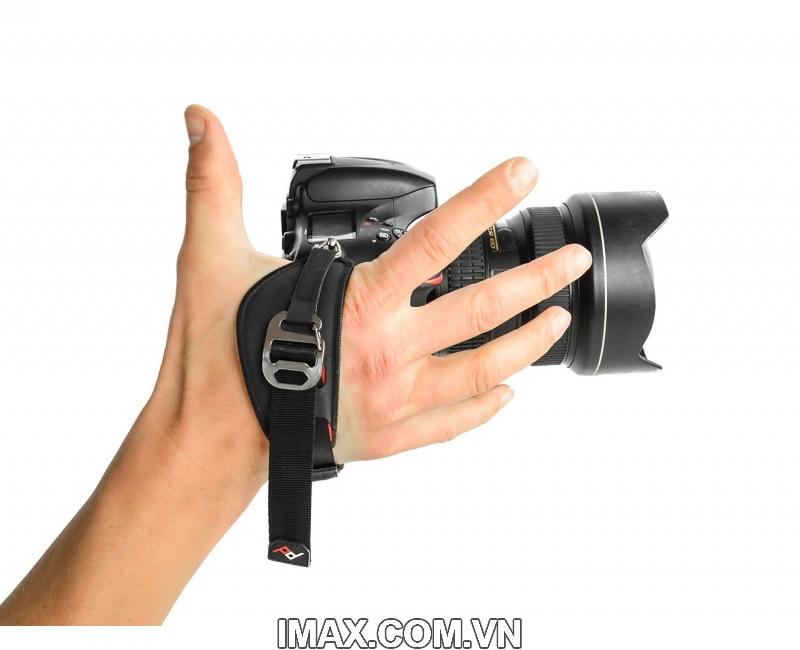 Peak Design Clutch Hand Strap 1