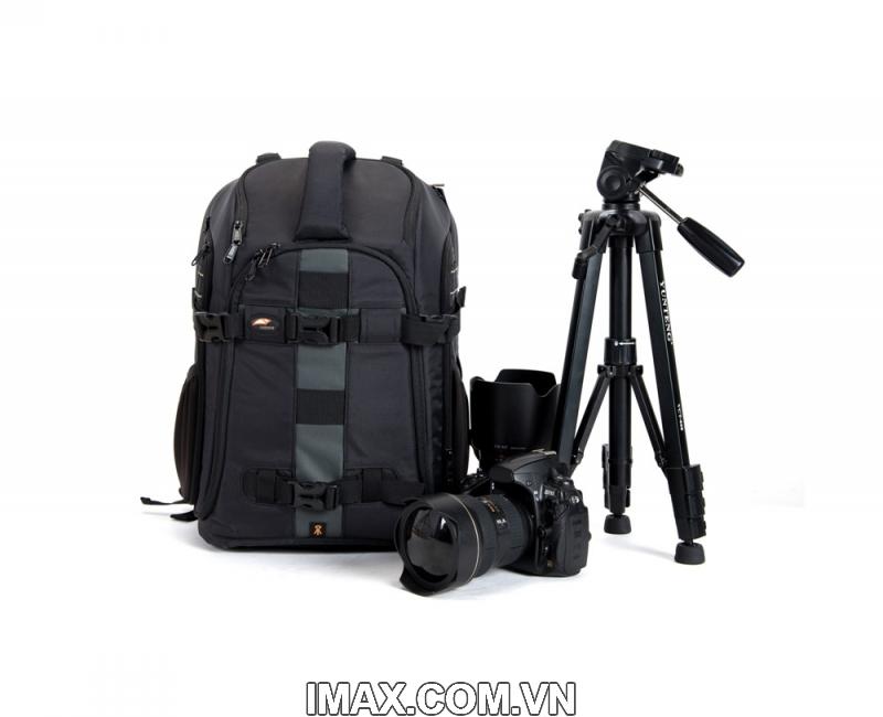 Balo máy ảnh Safrotto SM3030, thao tác nhanh 1
