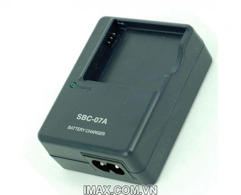 Sạc máy ảnh Samsung SBC-07A (cho pin Samsung SLB-07A ) - Hàng nhập khẩu 2